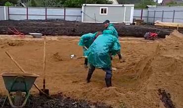 Засыпка песка для плитного фундамента