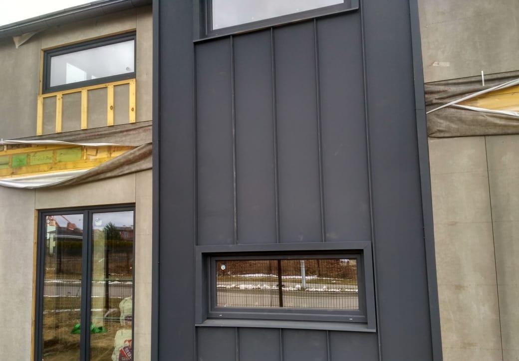 Фальцевая отделка фасада коттеджа