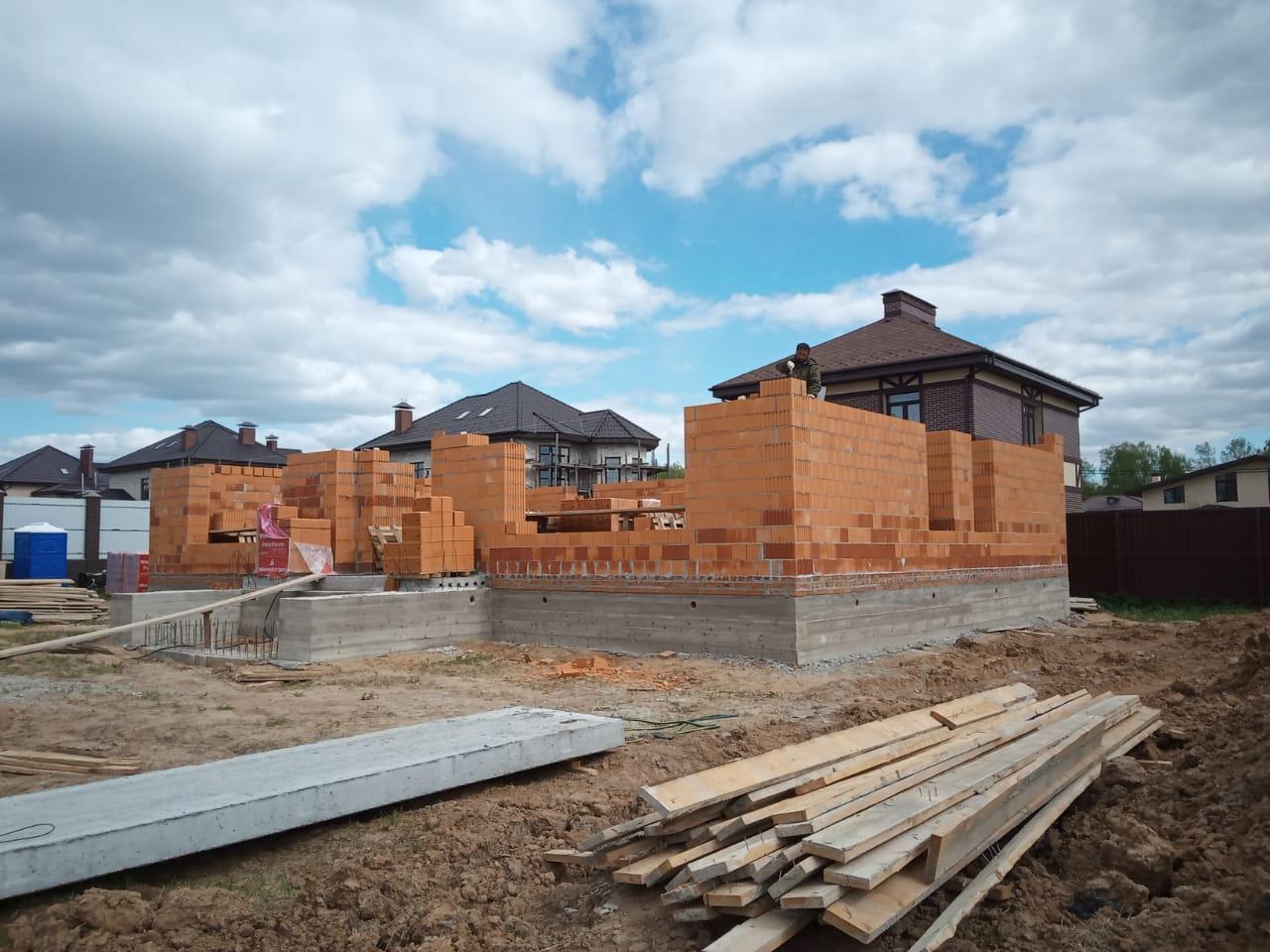 Строительство загородных домов из керамоблоков
